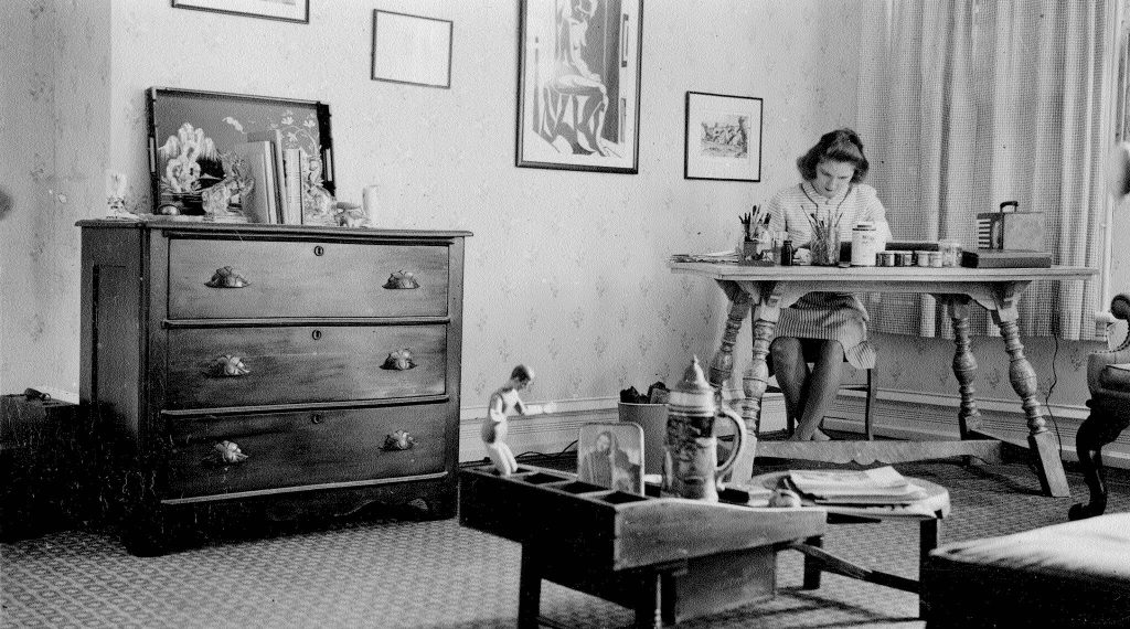 Jane Krom working on her art, circa 1945-46. Image courtesy of her daughter Barrie Schindler.